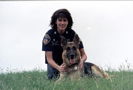 k9 female officer